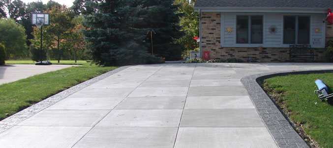 How to install your own concrete driveway in 5 easy steps for Concrete home contractors